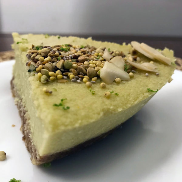 green juicy cold summer no bake dessert raw vegan key lime pie