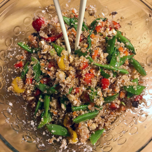 Delicious Raw Vegan Cauliflower Rice Stir Fry